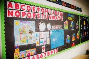 lit'l scholars preschool bulletin board