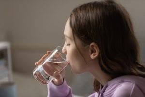 tips maintaining child hydration
